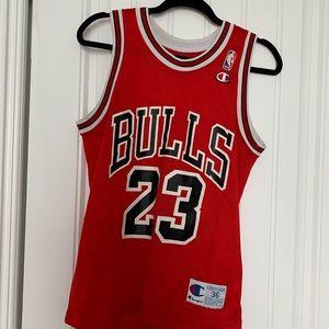 Tops - Bulls jersey